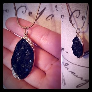 New Listing ⚡ Black Geode Gold Pendant Necklace